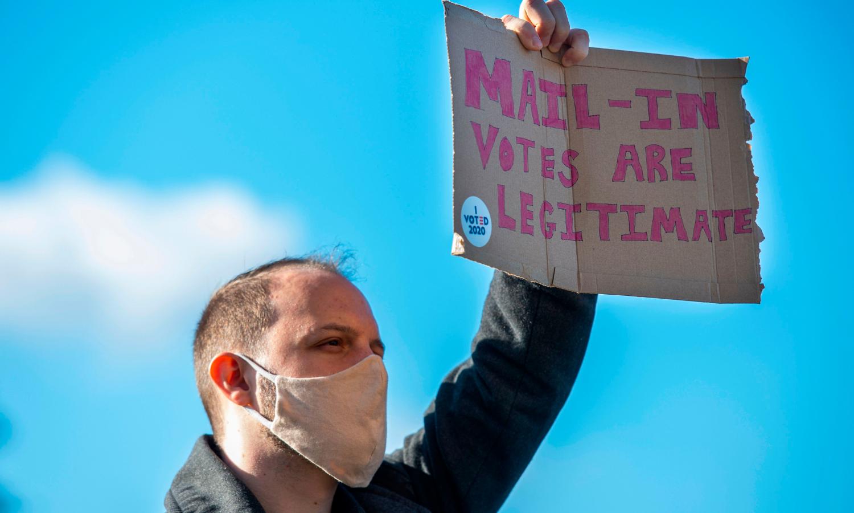 امریکا: صدارتی انتخاب کے نتائج متنازع ہوگئے تو کیا ہوگا؟