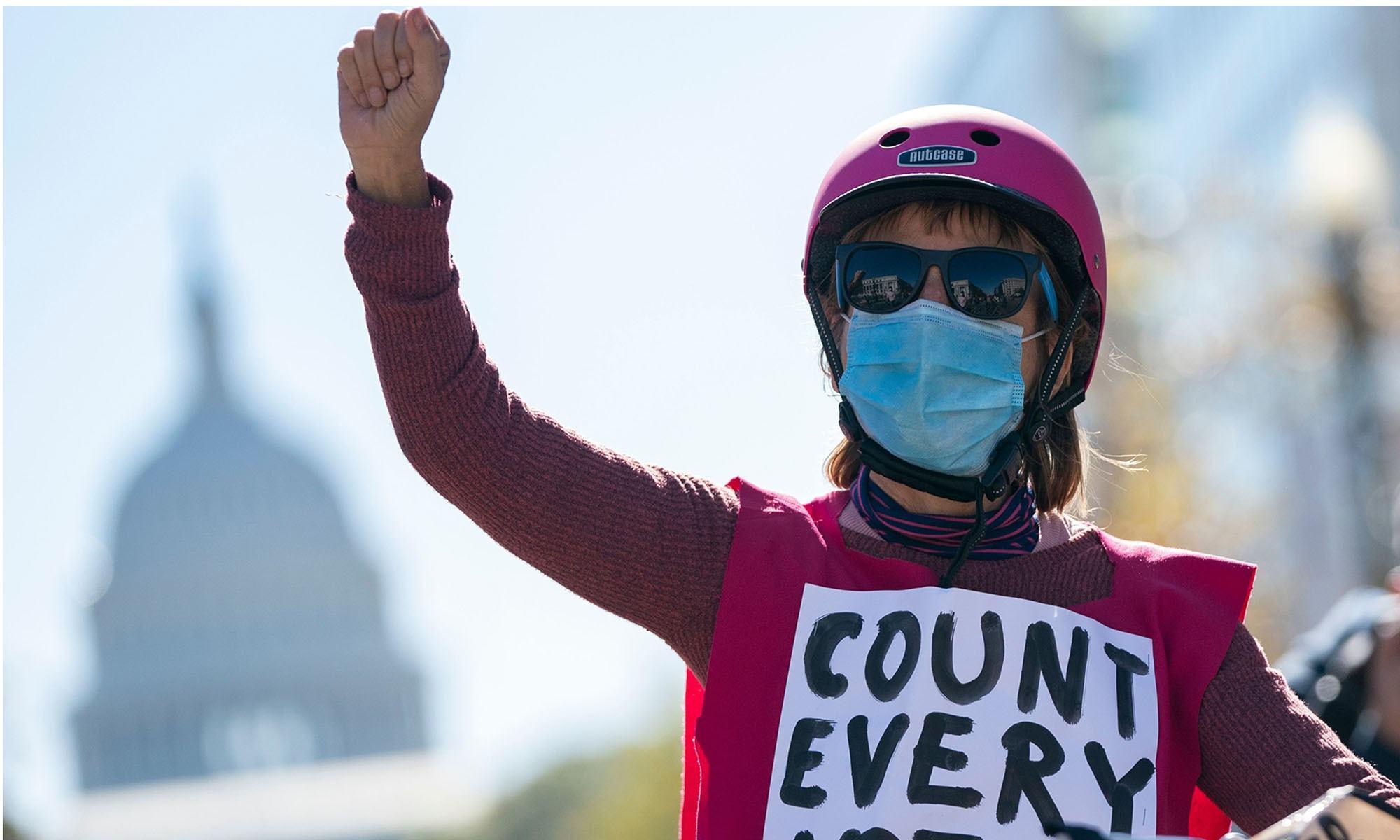 امریکی صدارتی انتخاب: جو بائیڈن کامیابی کے بہت قریب، ٹرمپ کا دھوکے کا الزام