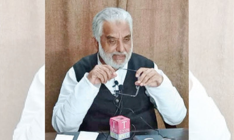 سردار غلام عباس نے اپنے سیاسی سفر کا آغاز 1985 میں پیپلز پارٹی  کی جماعت سے کیا تھا — فائل فوٹو: ڈان اخبار