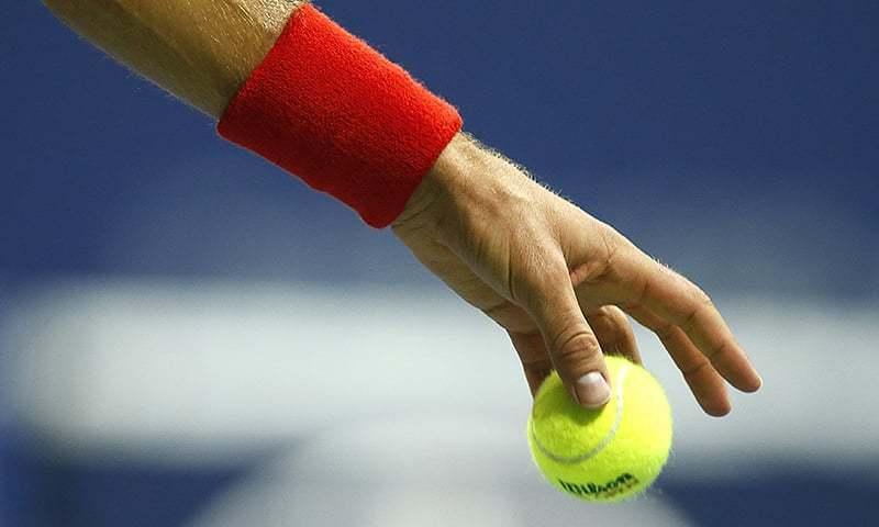 ٹینس یہ تینوں خواتین کھلاڑی بیک وقت دو محکموں میں کام کررہی ہیں— فائل فوٹو: اے ایف پی