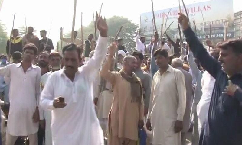 کسان کے 'قتل' میں ملوث پولیس اہلکاروں کے خلاف کارروائی کا مطالبہ