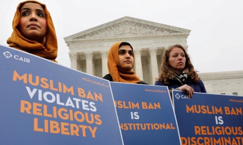 جوبائیڈن نے کہا تھا کہ مسلمانوں پر عائد ٹرمپ کی غیر آئینی پابندی ختم کردوں گا—فوٹو: رائٹرز