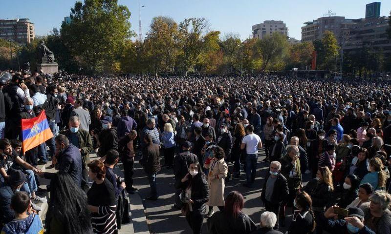 Anger mounts in Armenia over Karabakh peace deal