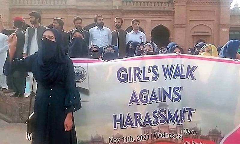 Female students of Islamia College University (ICJ) stage protest against harassment in the institution on Wednesday. — White Star/ Shahbaz Butt