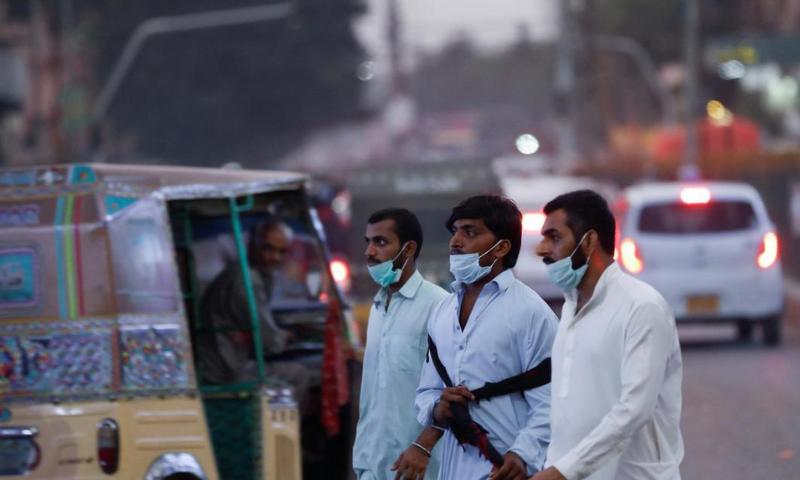 کورونا وبا: آزاد کشمیر میں ریکارڈ یومیہ کیسز، ملک میں فعال متاثرین 23 ہزار سے بڑھ گئے
