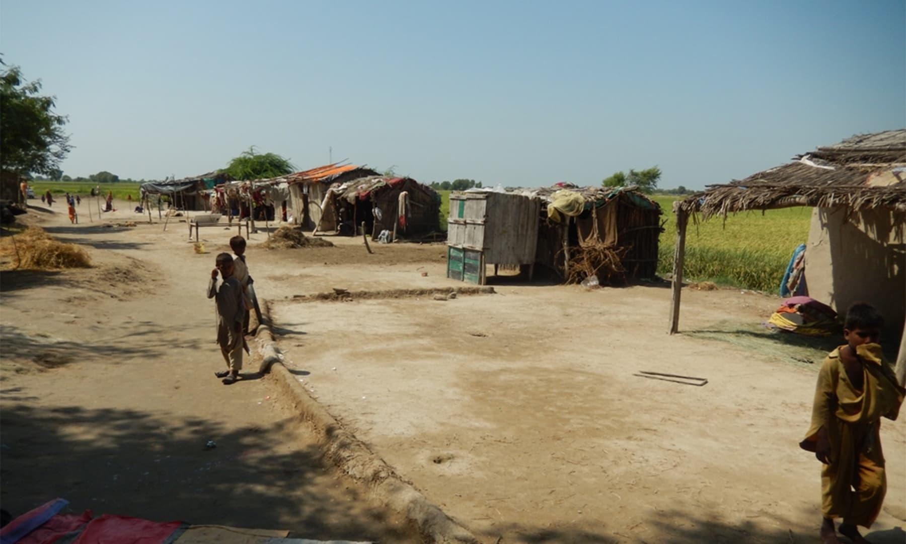 قفس جیسا گاؤں