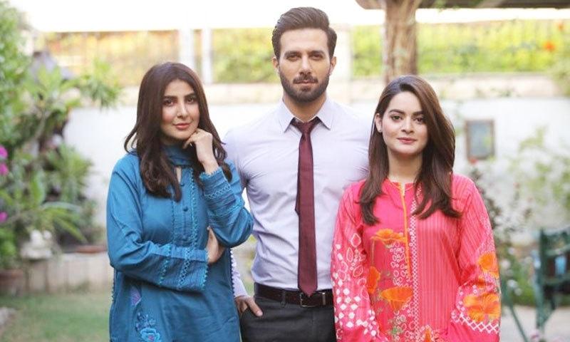 'جلن' میں بہنوئی سے محبت کا کردار نبھانے پر عورتیں لڑ پڑتی ہیں، منال خان