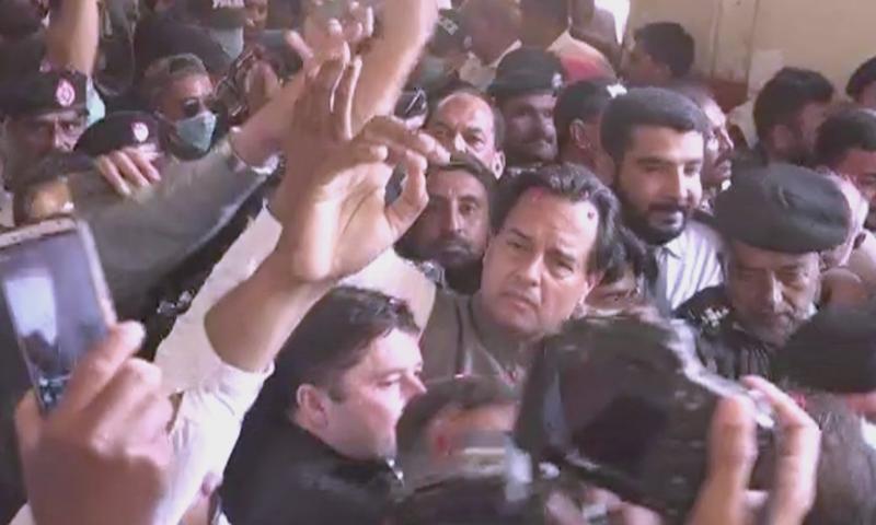 The probe pertains to a case against PML-N leader Mohammad Safdar regarding violating the sanctity of Quaid's mazar. — DawnNewsTV/File
