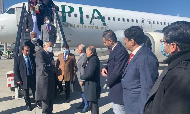 Razak in Kabul for trade talks