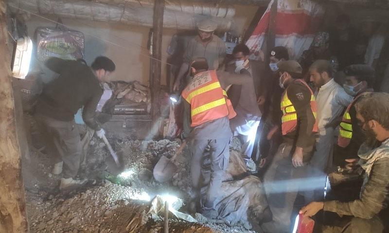 پارا چنار: شادی کی تقریب کے دوران گھر کی چھت گرنے سے بچوں، خواتین سمیت 7 افراد جاں بحق