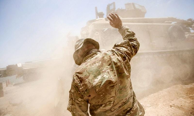 جوبائیڈن کے صدر کا منصب سنبھالنے سے قبل افغانستان نے 2 ہزار فوجی واپس ہوں گے—فوٹو: اے ایف پی