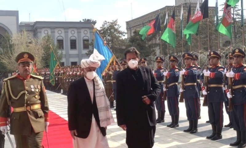 Prime Minister Imran Khan is given a welcome at the Presidential Palace in Kabul. — APP