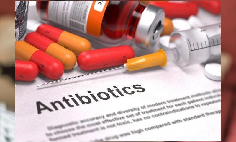 اینٹی بائیوٹکس برے سمیت اچھے بیکٹیریاز کو بھی مار دیتی ہیں، ماہرین—فائل فوٹو: پیرنٹنگ فرسٹلی