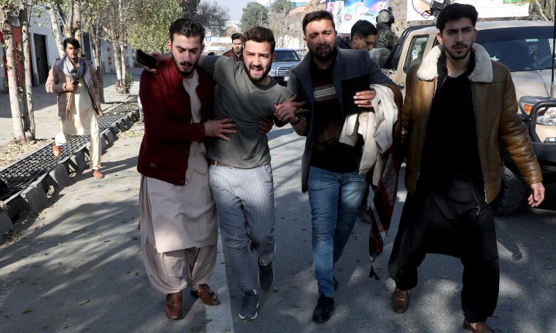 دہشت گردوں نے مجموعی طور پر 23 راکٹ فائر کیے جس کے نتیجے میں 8 افراد ہلاک اور 31 دیگر زخمی ہوئے، ترجمان وزارت داخلہ - فوٹو:رائٹرز