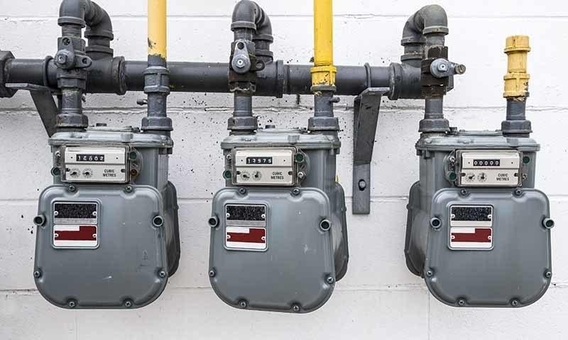 پاکستان میں قدرتی گیس کی پیداواری قیمت خطے کے دیگر ممالک کے مقابلے سب سے بلند ہے — فائل فوٹو: شٹراسٹاک