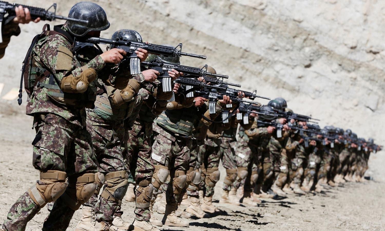 امریکا افغانستان سے اپنے فوجیوں کا انخلا کر رہا ہے—فائل فوٹو: