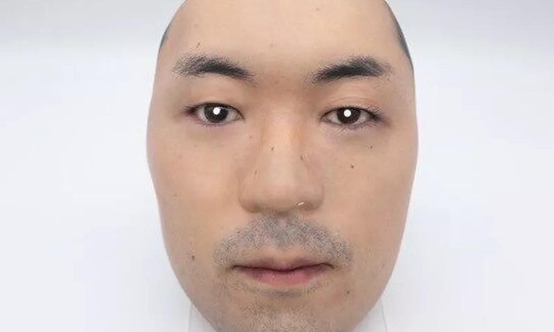 حقیقی نظر آنے والے ماسک کے لیے چہرے کو دیکر کمانا پسند کریں گے؟