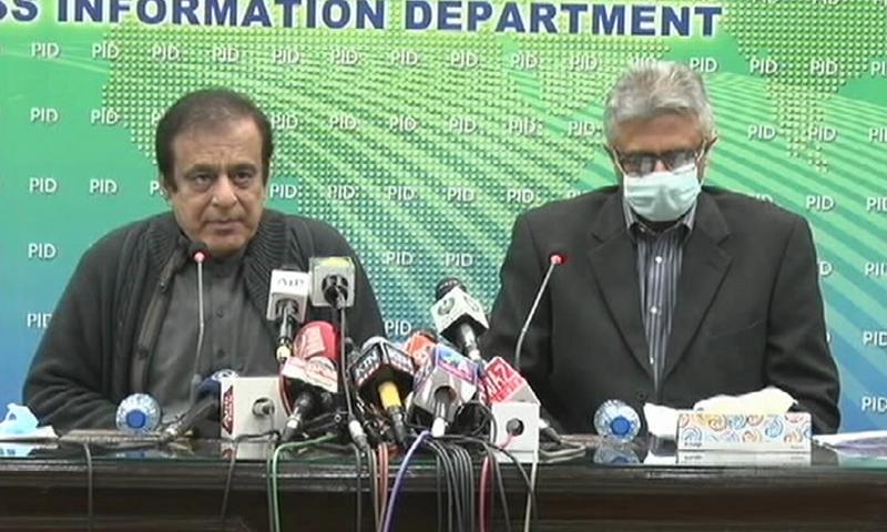Information Minister Shibli Faraz and SAPM on Health Dr Faisal Sultan address the media. — DawnNewsTV