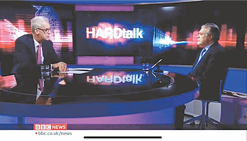 STEPHEN Sackur in conversation with PML-N leader Ishaq Dar.