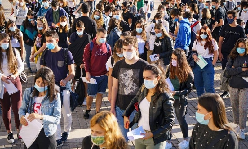 فیس ماسک پہننے کے لیے عالمی ادارہ صحت کی نئی سفارشات جاری