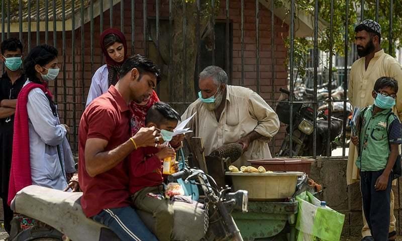 کراچی مسلسل دوسرے روز بھی کورونا کیسز کی مثبت شرح میں سب سے آگے