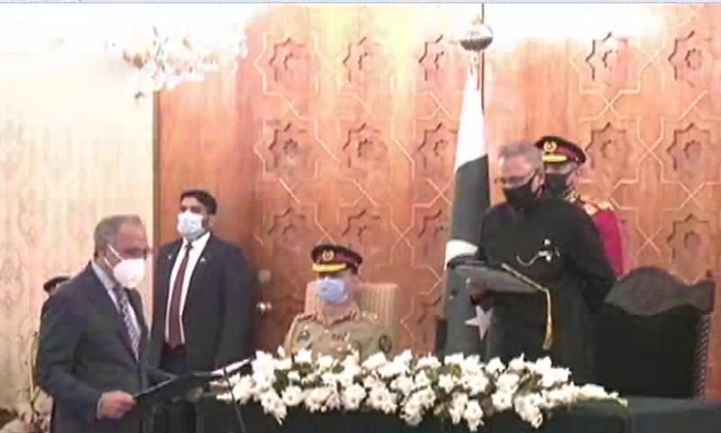 ڈاکٹر عبدالحفیظ شیخ 19 اپریل 2019 کو مشیر خزانہ کے منصب پر فائز ہوئے تھے—اسکرین شاٹ ڈان نیوز
