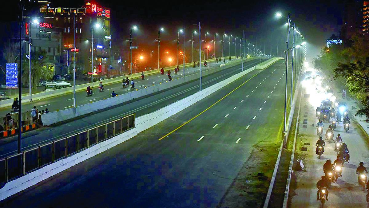 Five Star Chowrangi flyover | Fahim Siddiqui/White Star