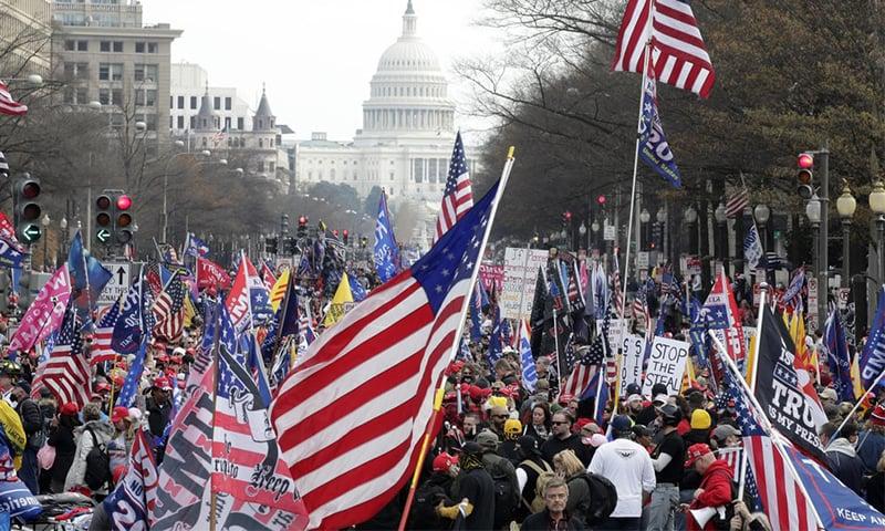 واشنگٹن: ڈونلڈ ٹرمپ کے حامیوں کا احتجاج، چاقو کے حملے میں متعدد افراد زخمی