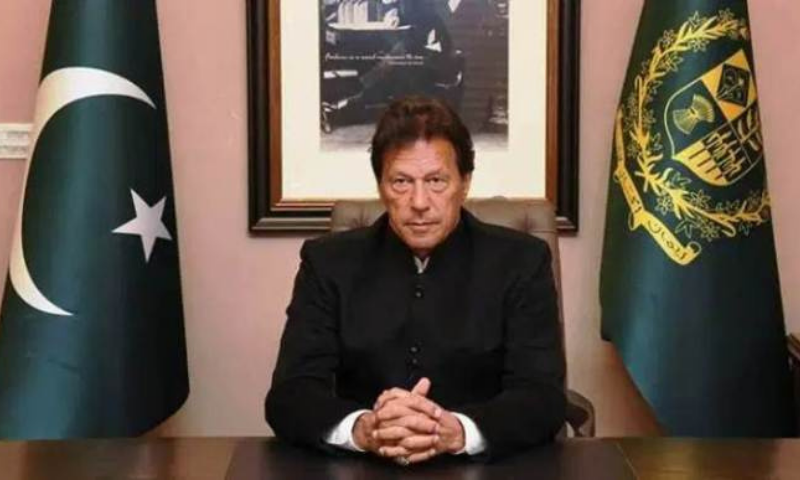 """Prime Minister Imran Khan lambasted the joint opposition for """"endangering people's lives during Covid-19 spike"""" and reiterated that he would not give an NRO to the opposition leaders.— APP/File"""
