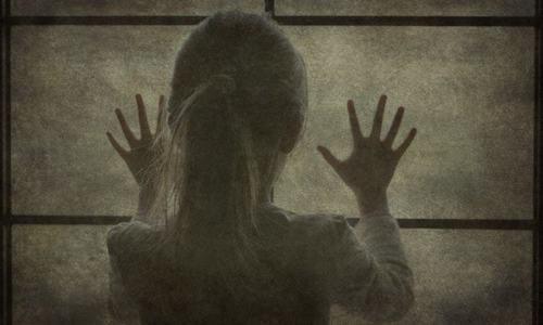گلستان جوہر میں 6 سالہ بچی کو اغوا کے بعد قتل کیا گیا تھا— فائل/فوٹو: ڈان