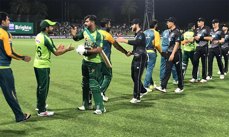 تیسرے ٹی20 میچ جیتنے کے بعد قومی ٹیم کے کھلاڑی خوش دکھائی دے رہے ہیں: تصویر بشکریہ نیوزی لینڈ کرکٹ بورڈ ٹوئٹر پیج