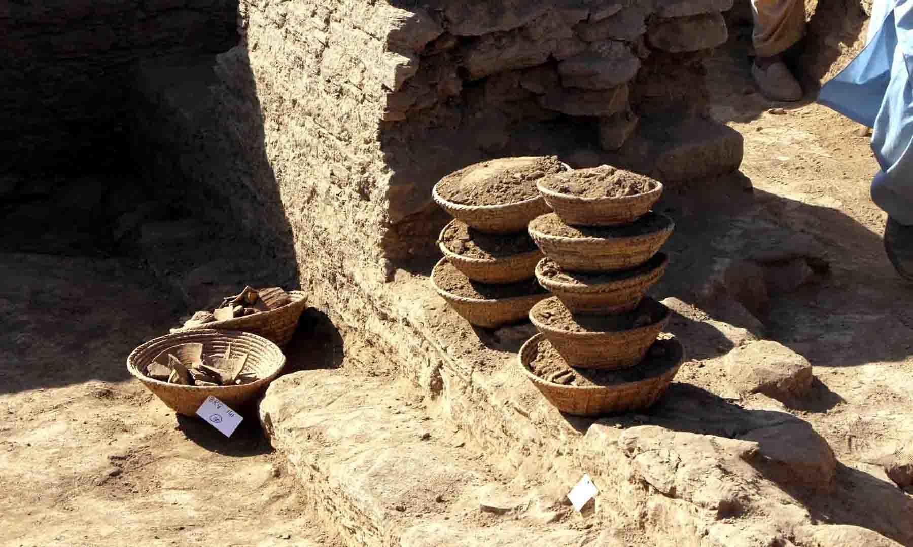 مندر سے ملنے والی دیگر مختلف آثار