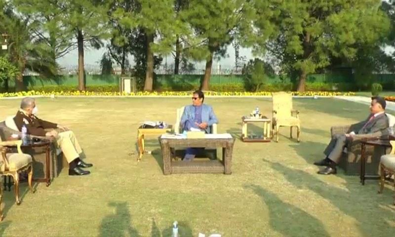 وزیراعظم سے ملاقات کے دوران ایل او سی پر بھارت کی خلاف ورزیوں پر بھی بات کی گئی—فوٹو/ اسکرین گریب