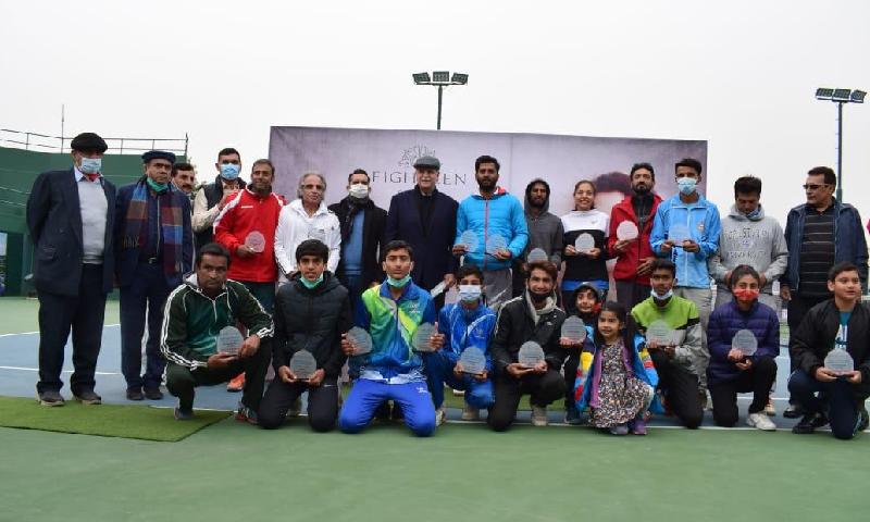 پاکستان نمبر ون عقیل خان کو نیشنل رینکنگ ٹینس ٹورنامنٹ کے فائنل میں شکست