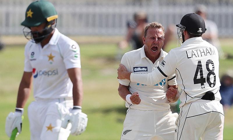 فواد عالم کی سنچری کے باوجود پاکستان کو پہلے ٹیسٹ میچ میں شکست