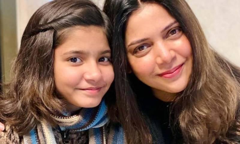 حدیقہ کیانی اور ہادیہ ہاشمی پہلی مرتبہ ایک ساتھ گلوکاری کیلئے تیار