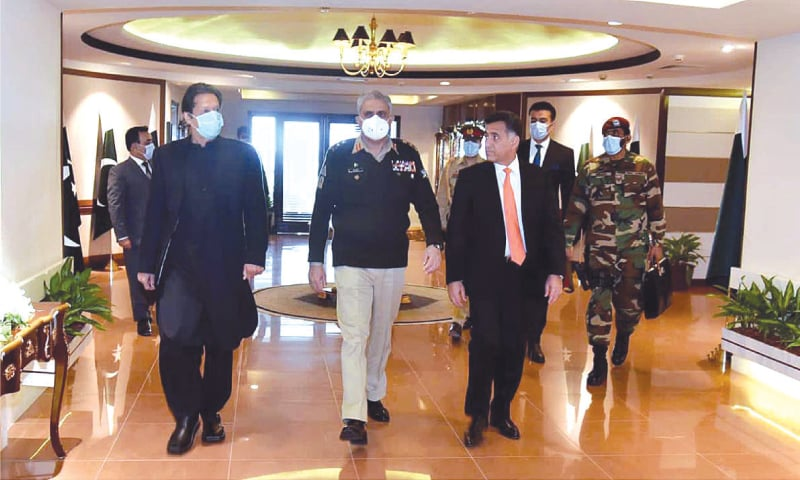 While Prime Minister Imran Khan and his government enjoyed the blessings of military top brass, there were times during the year when people thought they had reasons to perceive things differently.