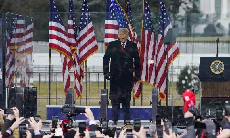 ڈونلڈ ٹرمپ کے 6 جنوری کے خطاب کے بعد وہاں مظاہرے شروع ہوئے—فوٹو: اے پی