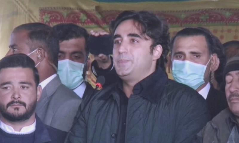 PPP chairperson Bilawal Bhutto-Zardari addresses Hazara protesters. — DawnNewsTV