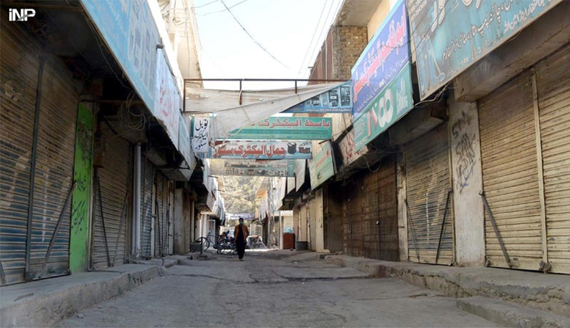QUETTA: A man walks through a market which is closed on Thursday in response to a strike call given by traders organisations. The strike was observed to express solidarity with the families of 11 coal miners who were killed in Mach a few days ago.—INP