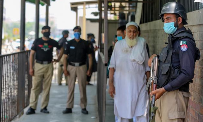 Police arrested seven men who were carrying a large cache of weapons outside the district and sessions court next to Baba Ground in Lahore on Tuesday. — AFP/File