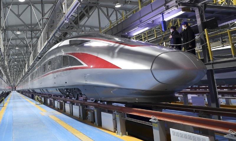 چین کی نئی بلٹ ٹرین جو شدید سردی میں بھی تیزرفتاری سے سفر کرسکتی ہے