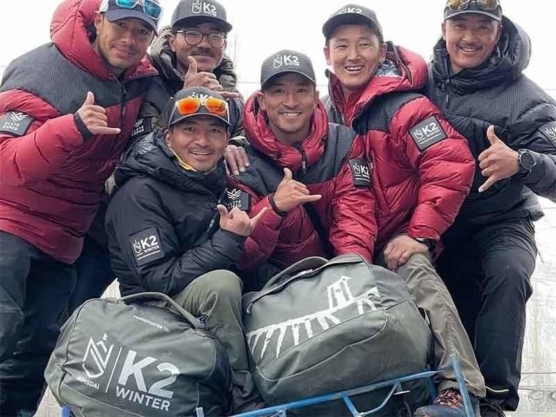 نیپالی کوہ پیما گروپ—تصویر: نرمل پرجا