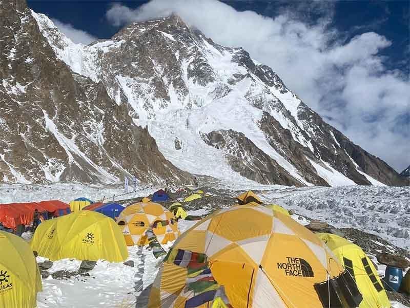 بیس کیمپ—تصویر: نرمل پرجا