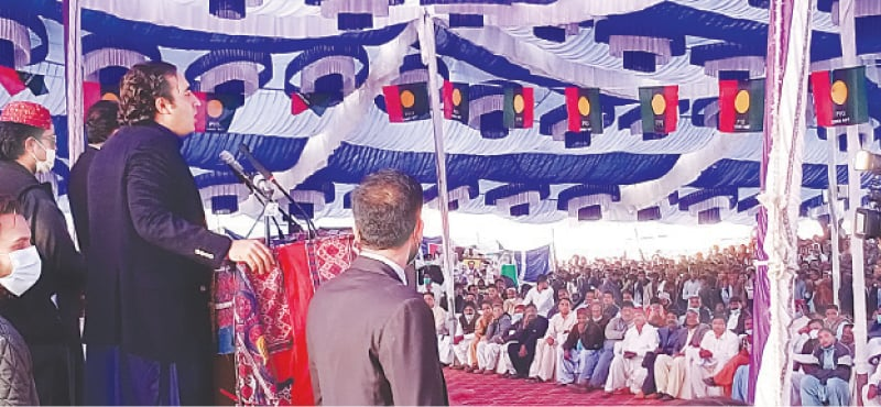 BILAWAL Bhutto-Zardari speaks at the public meeting in Umerkot on Tuesday.—Dawn