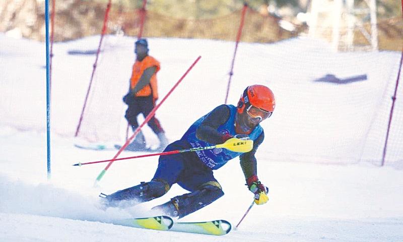 NALTAR: A skier in action during the CJCSC Alpine Ski Cup at PAF Ski Resort.—APP