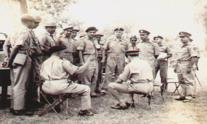 President Ayub Khan reviews the war strategy in Sialkot, 1965 with his military men. Yahya Khan is first from the right | Photo courtesy Vintage Pakistan
