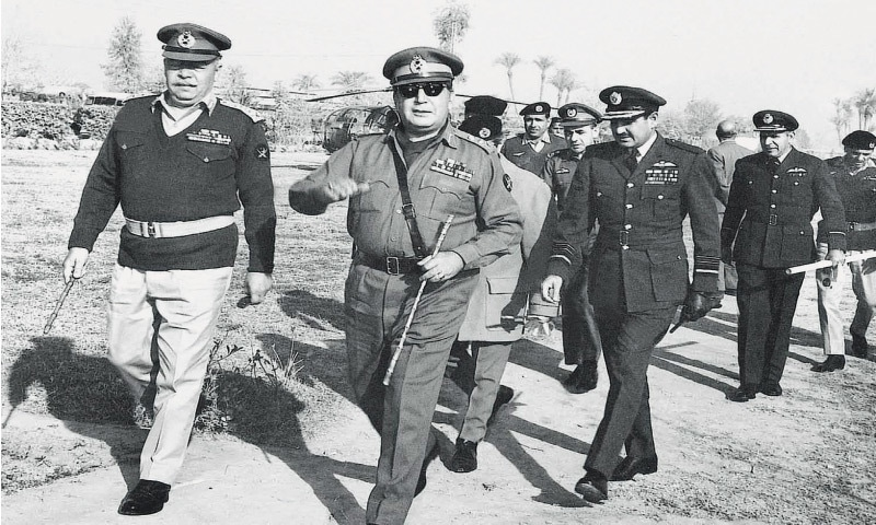 Yahya Khan (centre) with Lt Gen Abdul Hamid Khan (left) and Air Marshal Abdul Rahim Khan (right) in East Pakistan | Dawn file photo