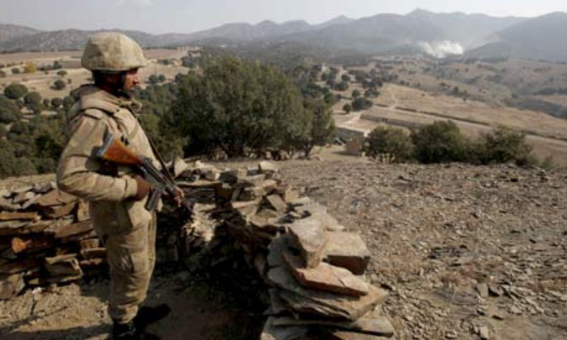 Sources said that the security forces launched an operation after receiving information about the presence of a militant commander in Mossaki village. — File photo