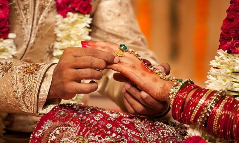کیا شادی لوگوں کا جسمانی وزن بڑھانے کا باعث بنتی ہے؟